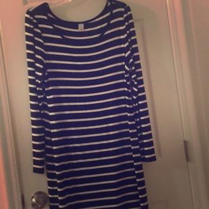 Black n white striped dress long sleeve